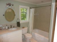 cottage-bath2