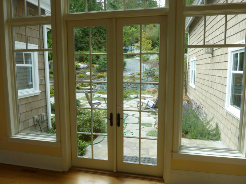 cottage-french-doors